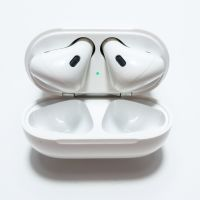Apple Airpods 07